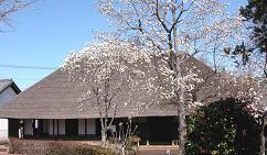 古民家のある風景 「春」へ